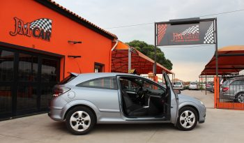 Opel Astra GTC 1.3 completo